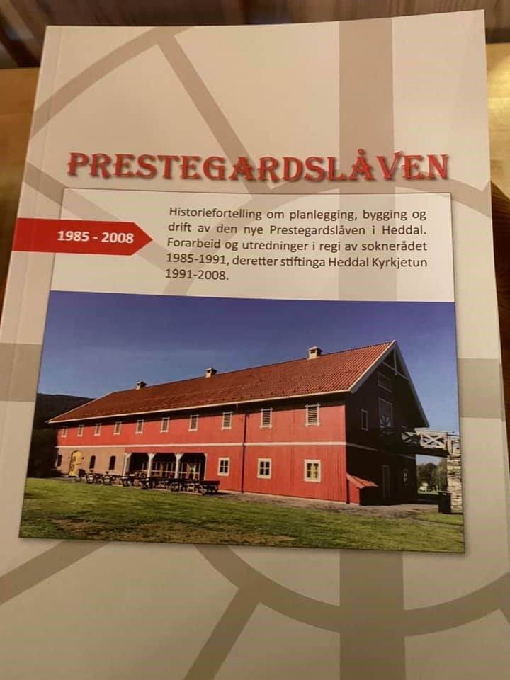 https://notodden.kirken.no/img/09_06_2016_Annonser/bok_om_prestegardslaven.jpg